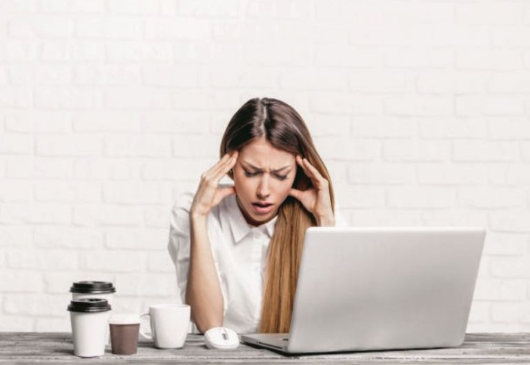 Φυσικοί τρόποι ανακούφισης από τον πονοκέφαλο | vita.gr
