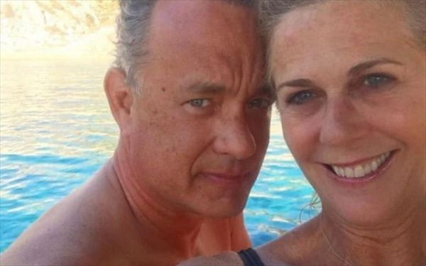 Τομ Χανκς και Ρίτα Γουίλσον περνούν στιγμές χαλάρωσης στη Σίφνο   vita.gr