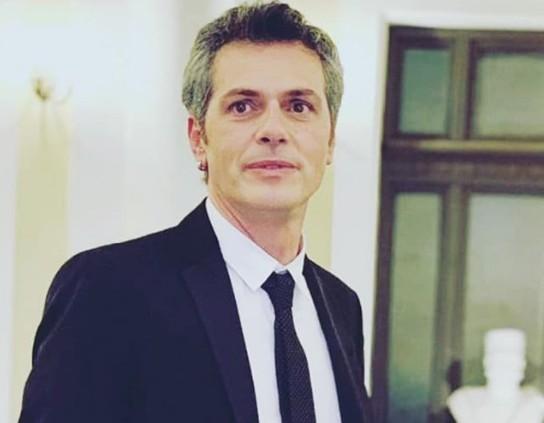 Μάριος Αθανασίου: Μίλησε για τις δυσκολίες που έφερε στον καλλιτεχνικό χώρο η πανδημία   vita.gr