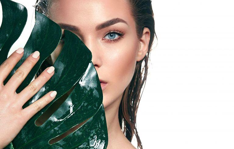 Λιπαρό δέρμα: Όσα πρέπει να προσέξετε το καλοκαίρι | vita.gr