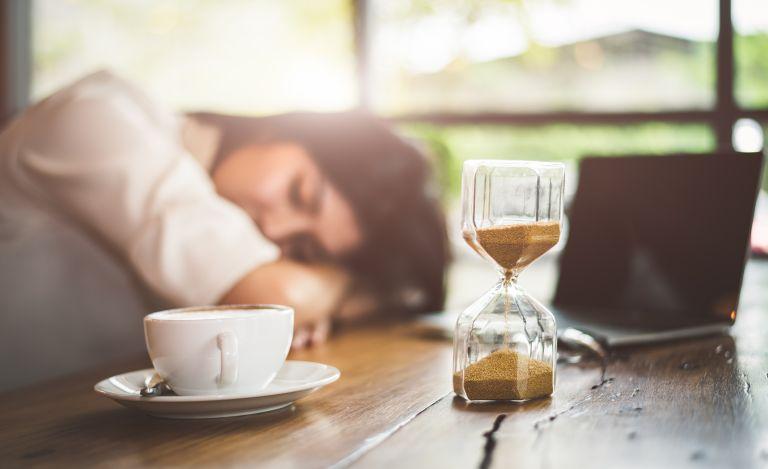 Power naps: Πώς μας επηρεάζουν τα «διαλείμματα ύπνου»;   vita.gr