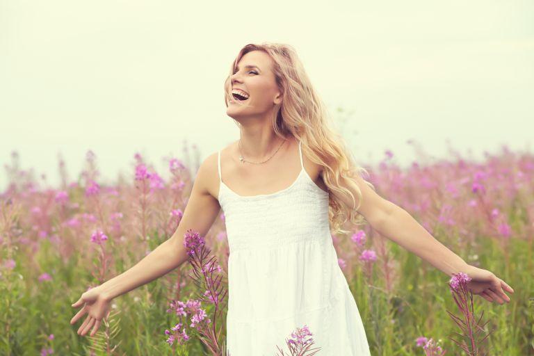 Τέσσερις στρατηγικές για να σκέφτεστε πιο αισιόδοξα | vita.gr