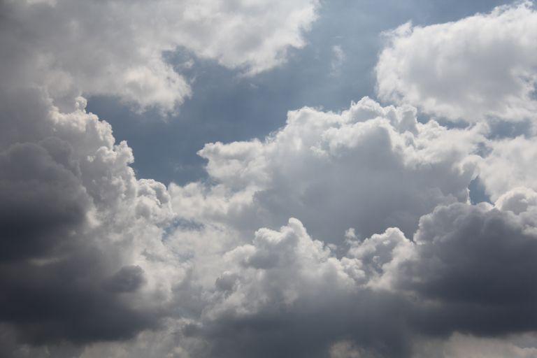 Άστατος παραμένει ο καιρός – Βροχές και καταιγίδες | vita.gr