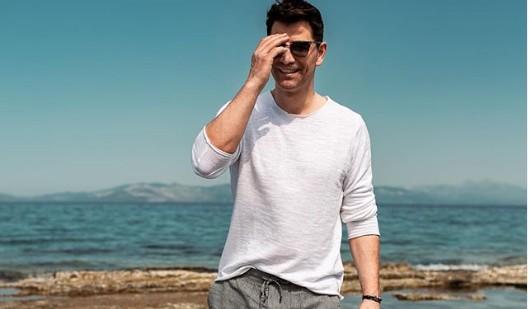 Σάκης Ρουβάς : Απολαμβάνει τις διακοπές με την οικογένειά του | vita.gr