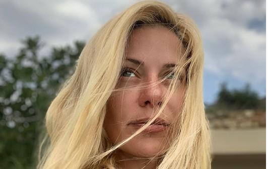 Ζέτα Μακρυπούλια : Συνεχίζει τις διακοπές της στην Κύθνο | vita.gr