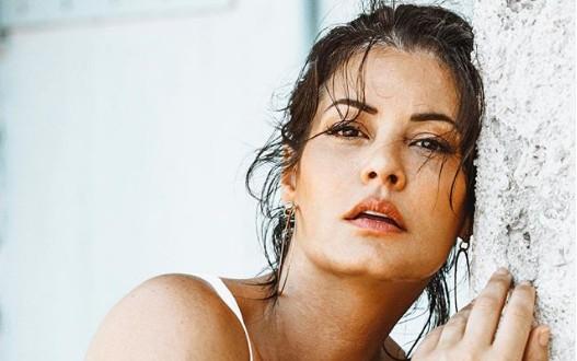 Η Μαρία Κορινθίου ποζάρει με μπικίνι και «ρίχνει» το Instagram | vita.gr