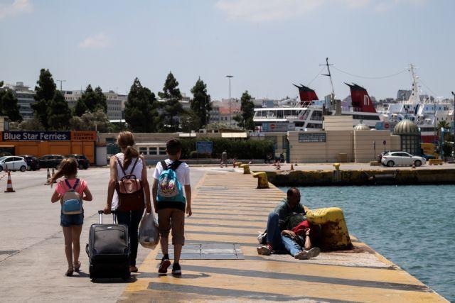 Τυχαίος δειγματοληπτικός έλεγχος στα λιμάνια Ραφήνας και Πειραιά   vita.gr