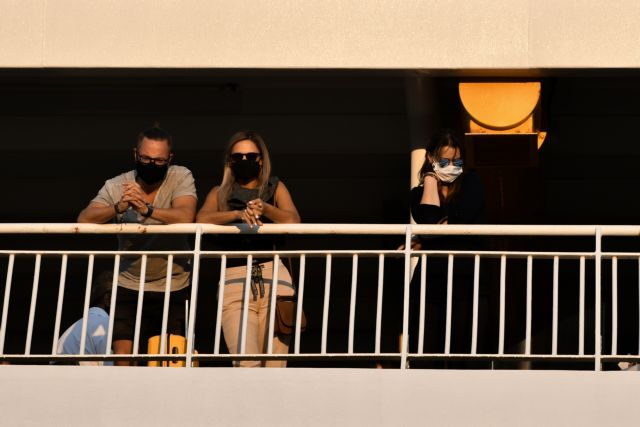 Κοροναϊός: Ανακοινώνονται νέα μέτρα το απόγευμα | vita.gr