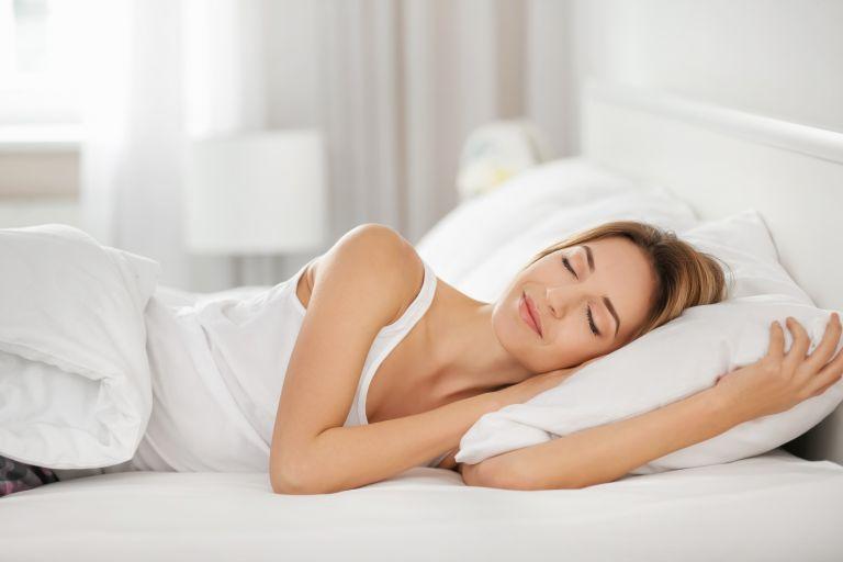 Ο ύπνος επηρεάζει τις διατροφικές μας συνήθειες;   vita.gr