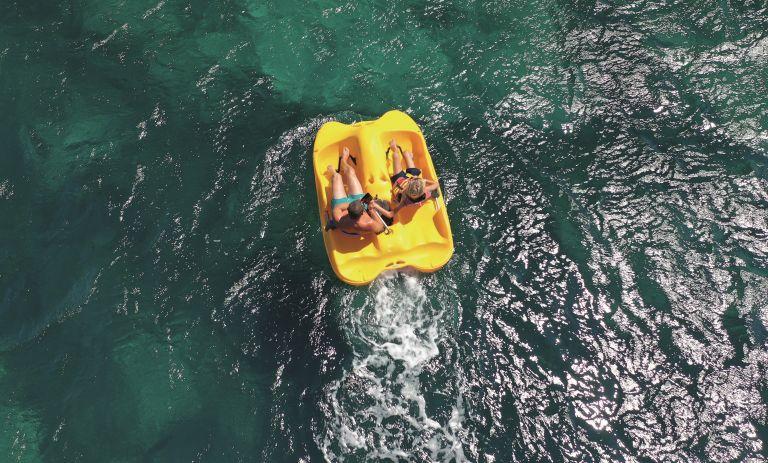 Παιχνίδια στη θάλασσα: Γυμναζόμαστε παίζοντας | vita.gr