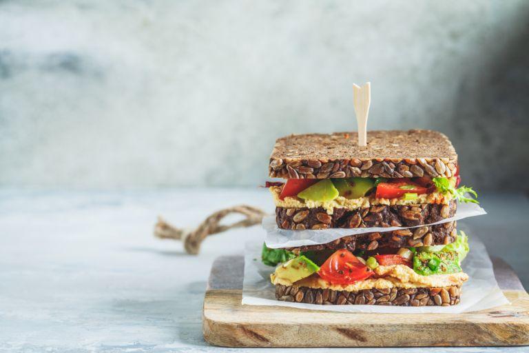 Σάντουιτς και στη δίαιτα: Μειώνουμε τις θερμίδες, αυξάνουμε τη θρεπτική αξία | vita.gr