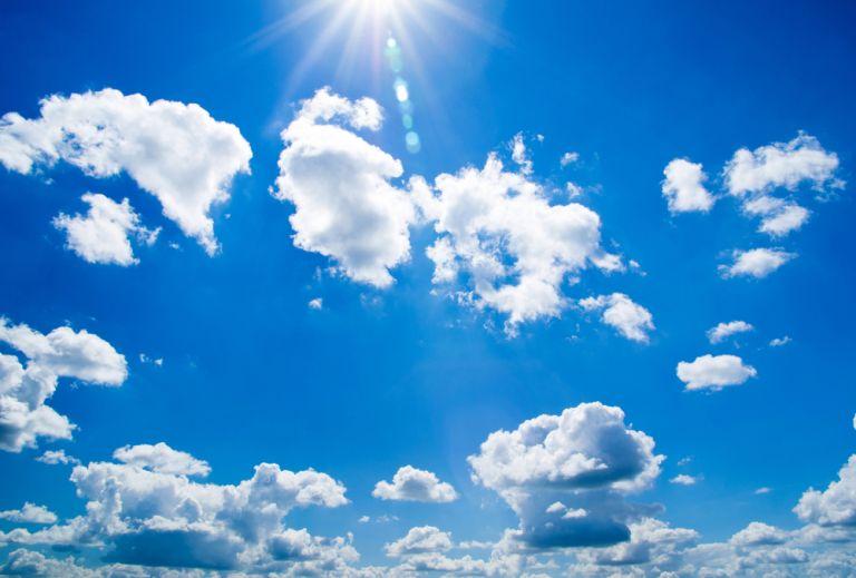 Καιρός: Υψηλές θερμοκρασίες με τοπικές βροχές και καταιγίδες | vita.gr