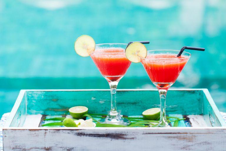 Πώς θα ξεπεράσετε γρήγορα το hangover | vita.gr