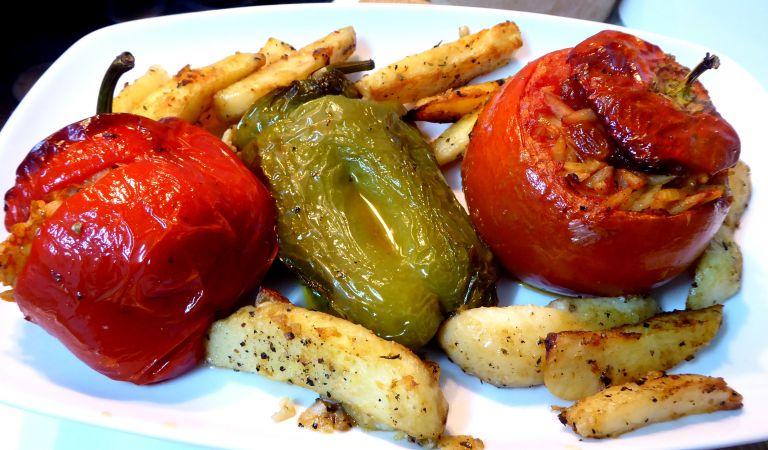 Τι μας προσφέρει ένα πιάτο γεμιστά; | vita.gr