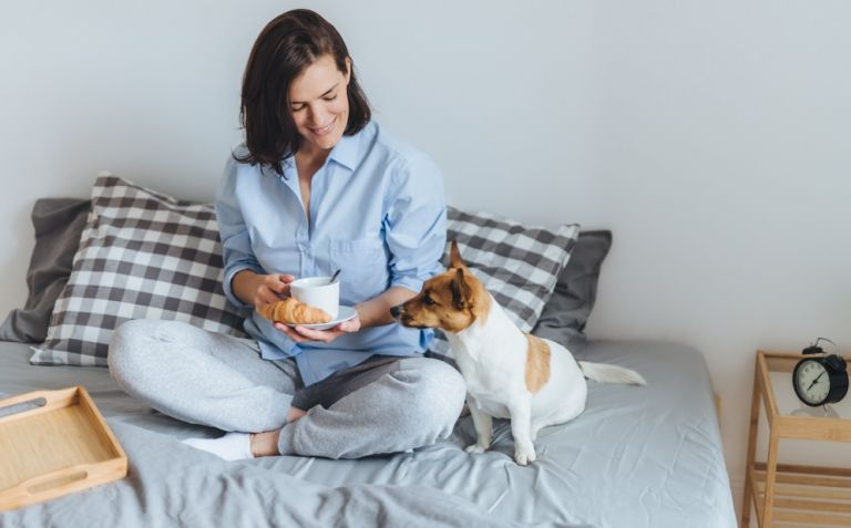 Πρωινό ξύπνημα με καλή διάθεση; Κι όμως, γίνεται | vita.gr
