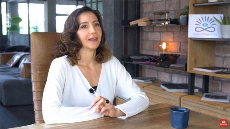 Μαρία Ελένη Λυκουρέζου: «Εύχομαι σε ανθρώπους με εξαρτήσεις να ξεφύγουν και να αρχίσουν να ζούνε» | vita.gr