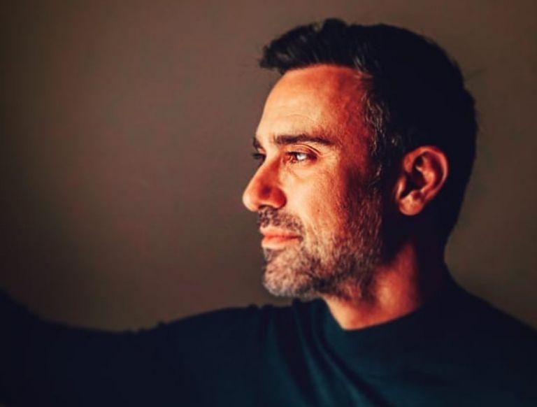 Γιώργος Καπουτζίδης: «Η ομοφυλοφιλία μου δεν με εμπόδισε» | vita.gr