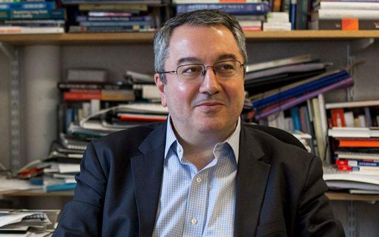 Μόσιαλος για ανοσία: «Στην Ελλάδα είναι στο 1% – Πρέπει να εμβολιαστεί πάνω από το 70% του πληθυσμού» | vita.gr