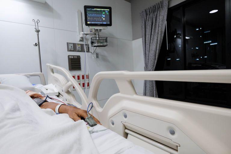 Κοροναϊός: Εννέα στους δέκα ιαθέντες αναφέρουν παρενέργειες | vita.gr