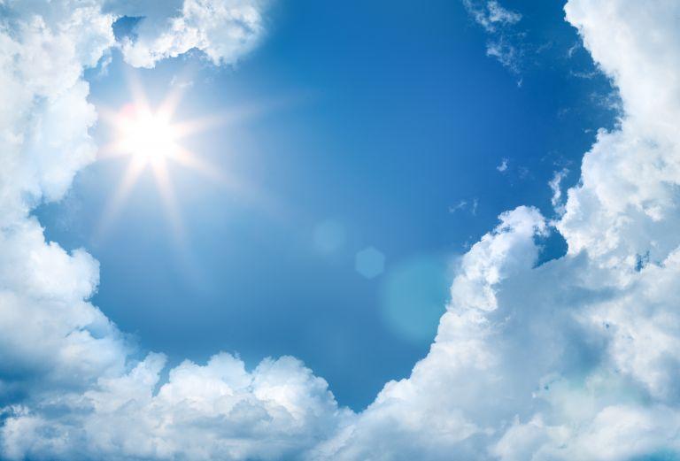 Καιρός: Ηλιοφάνεια με τοπικές νεφώσεις – Που αναμένονται βροχές | vita.gr