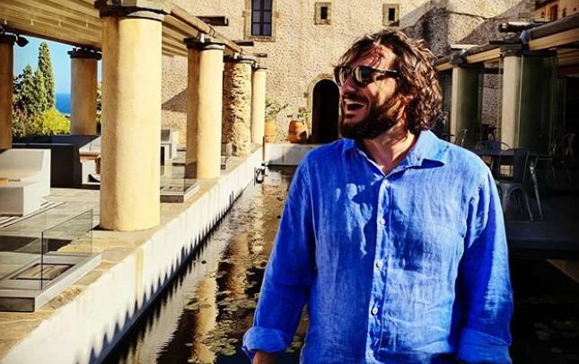 Βασίλης Χαραλαμπόπουλος: Γιόρτασε τα γενέθλιά του με τον πιο αστείο τρόπο   vita.gr