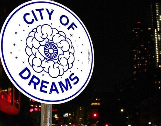 Νέα Υόρκη: Έχει τις πιο.. διασκεδαστικές πινακίδες | vita.gr