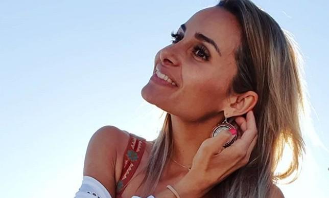 H Βασιλική Μιλλούση ποζάρει με φουσκωμένη κοιλίτσα | vita.gr