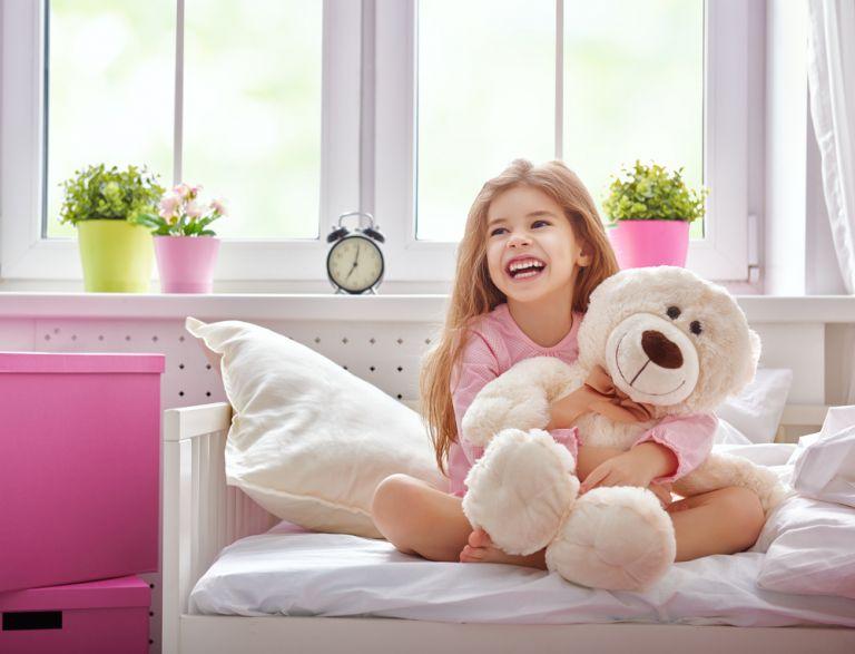 Μεταβατικό αντικείμενο: Γιατί το παιδί δεν θέλει να αποχωριστεί το αρκουδάκι του; | vita.gr