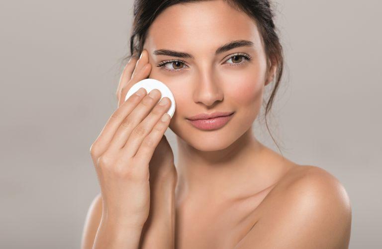 Οι μύθοι που βλάπτουν το δέρμα | vita.gr