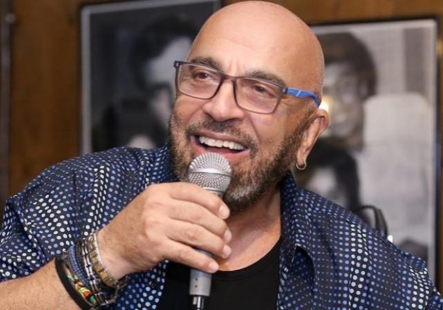 Γιάννης Ζουγανέλης: Η τρυφερή δημοσίευση για τον γάμο της κόρης του   vita.gr