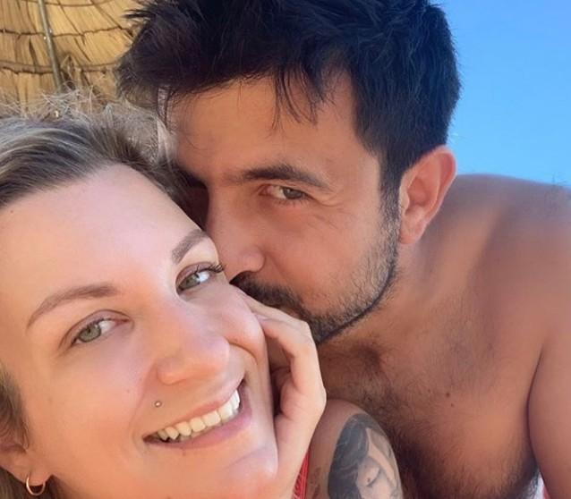 Ολίβια Γαβρίλη: Έγκυος και θετική στον κοροναϊό   vita.gr