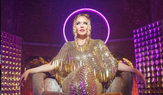Κάιλι Μινόγκ: Η «βασίλισσα» επιστρέφει στο θρόνο της | vita.gr
