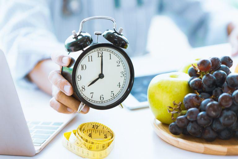 Απώλεια βάρους: Υπάρχουν ώρες που οι θερμίδες δεν «μετράνε»;   vita.gr
