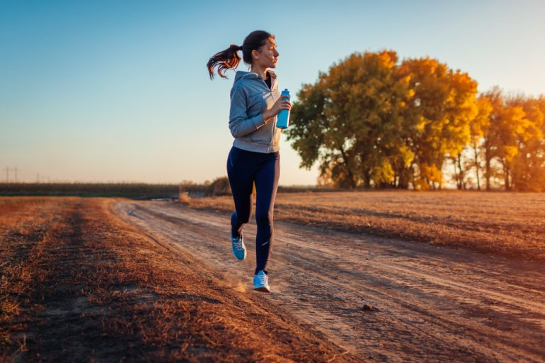Τρέξιμο ή περπάτημα: Ποιο να προτιμήσω; | vita.gr