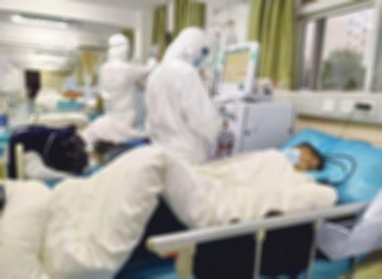 Κοροναϊός: Σοκάρει τους ειδικούς η αύξηση των βαριά νοσούντων | vita.gr