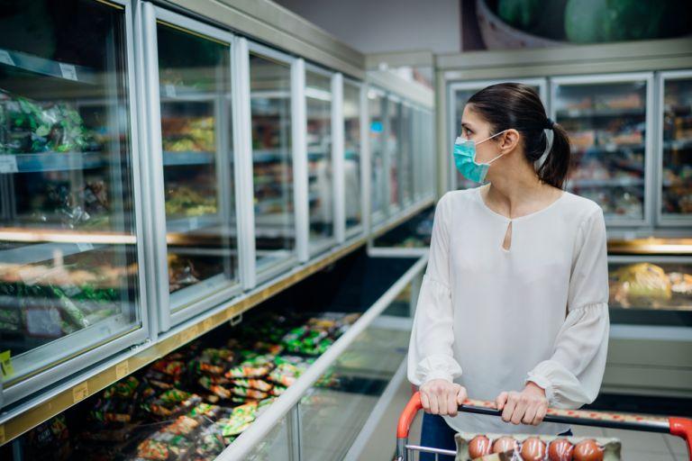 Οι τροφές που θα σας «λύσουν τα χέρια» στην καραντίνα | vita.gr