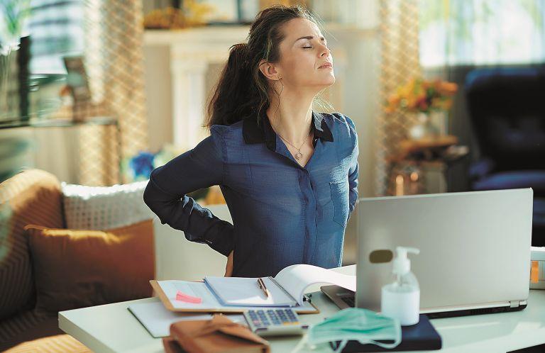 Καθιστική ζωή: Tips για να προστατεύσουμε τον κορμό μας | vita.gr