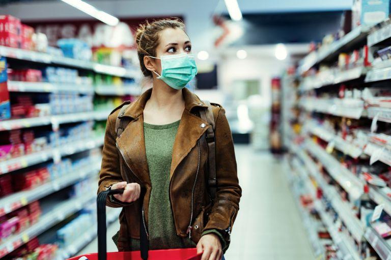 Τι ισχύει για τη μετάδοση του κοροναϊού στα σούπερ μάρκετ | vita.gr