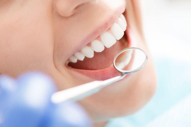 Κοροναϊός: Πώς επηρεάζει την υγεία των δοντιών   vita.gr