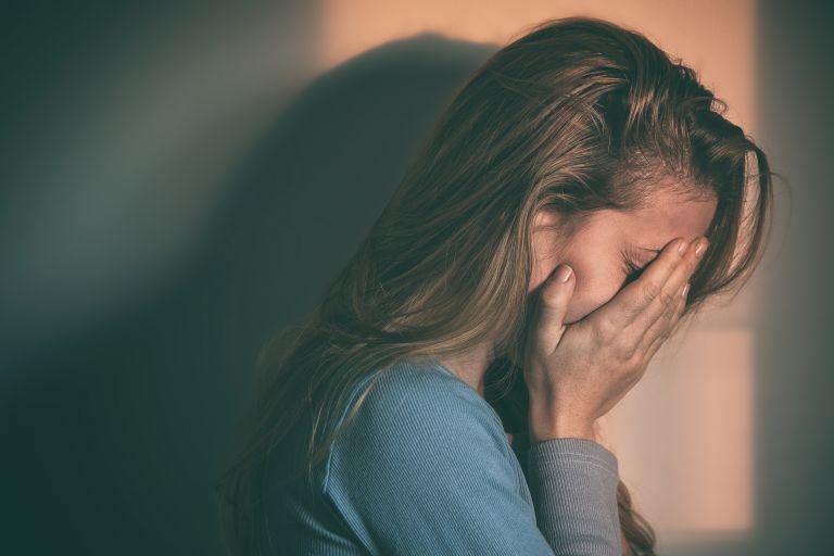 Νέα έρευνα: Αυξημένος ο κίνδυνος αυτοκτονίας για ασθενείς με ΔΕΠΥ | vita.gr