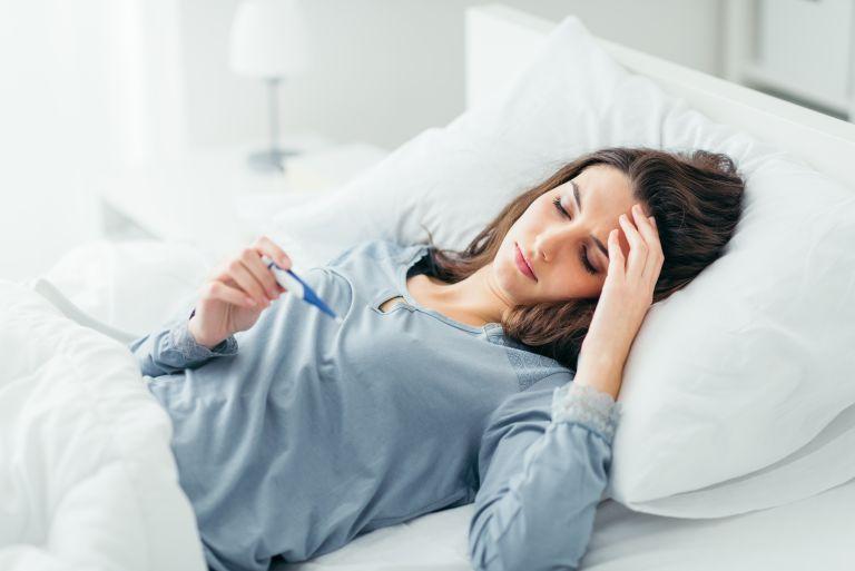 Μπορεί το άγχος να προκαλέσει πυρετό; | vita.gr