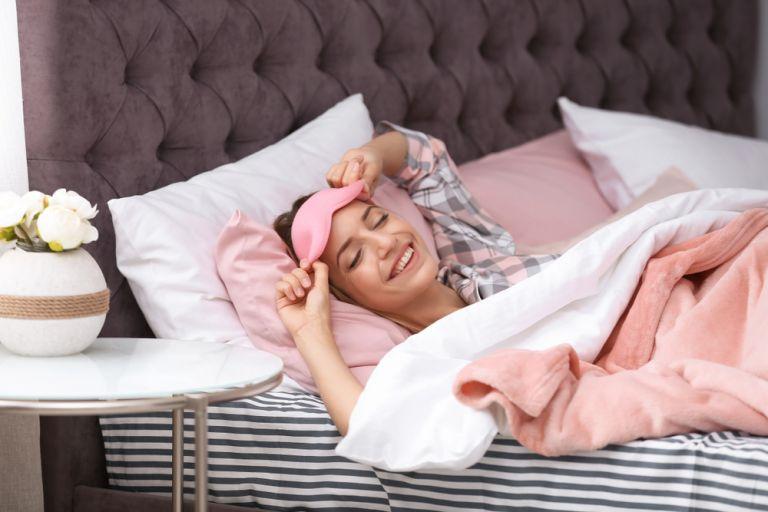 Γιατί ο βραδινός καθαρισμός του προσώπου είναι πιο σημαντικός από τον πρωϊνό;   vita.gr