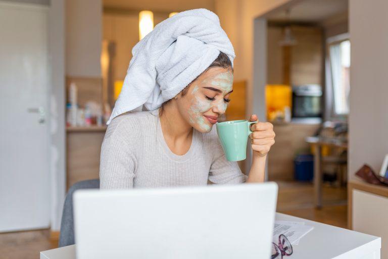 Γιορτινό beauty routine: Η περιποίηση που ενισχύει την διάθεση | vita.gr