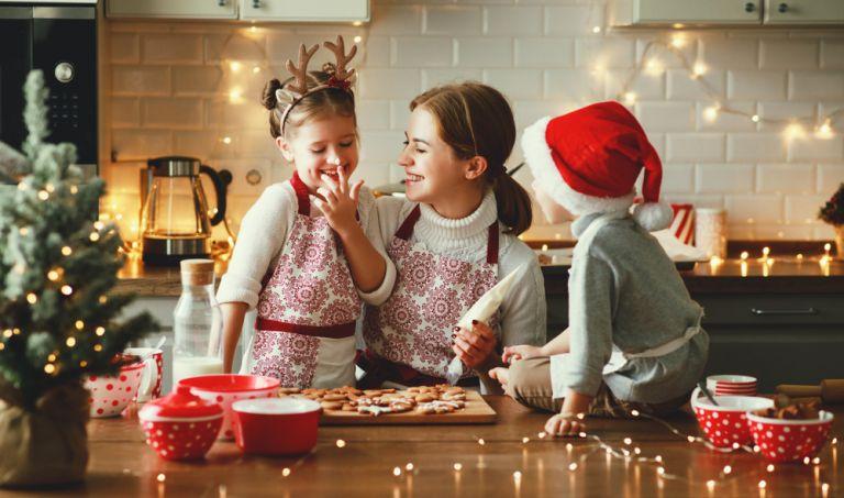 Περάστε δημιουργικά τις ημέρες σας στο σπίτι μαζί με τα παιδιά | vita.gr