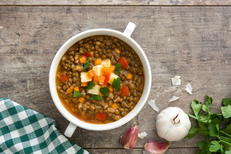 Φακές σούπα με ντομάτα | vita.gr