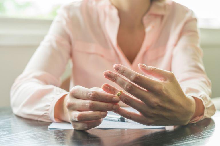Νέα έρευνα: Το διαζύγιο μπορεί να έχει άμεσες επιπτώσεις στη σωματική και ψυχική υγεία | vita.gr