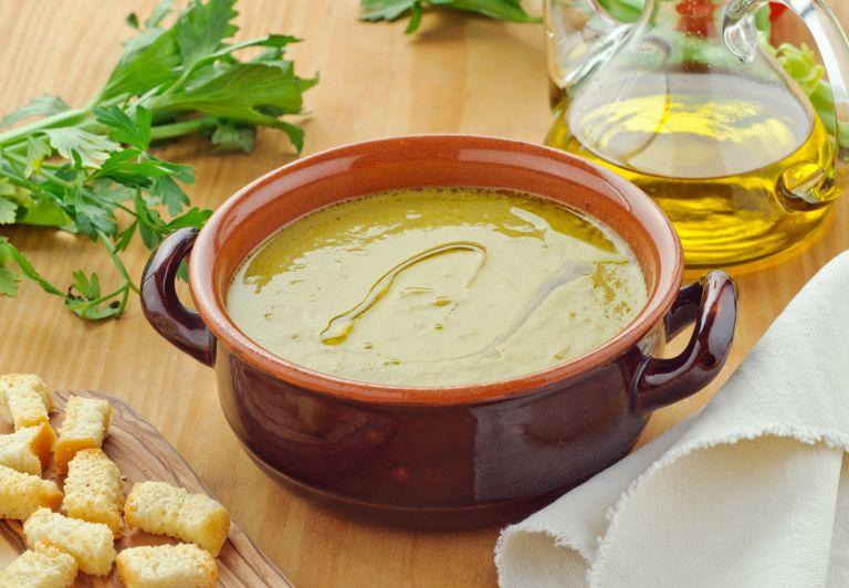Σούπα βελουτέ με μπρόκολο | vita.gr