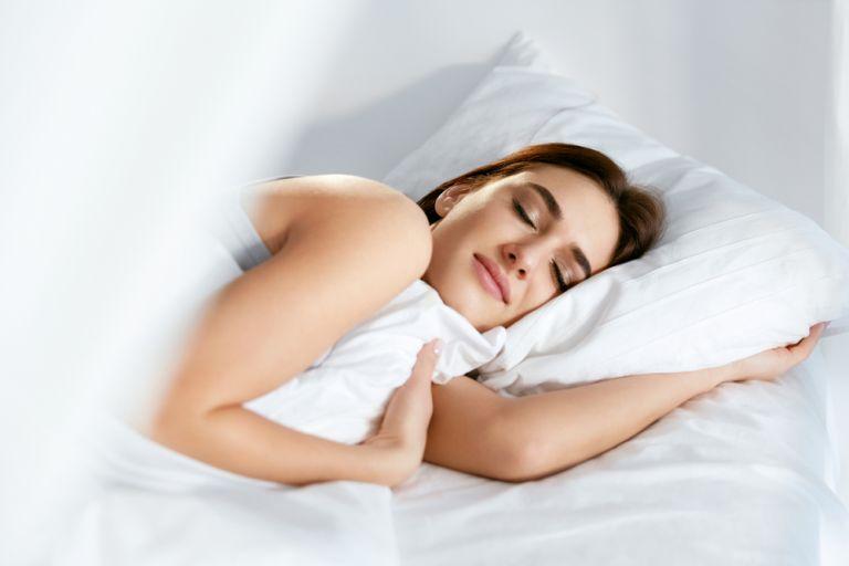 Πώς λειτουργεί ο εγκέφαλός μας όταν κοιμόμαστε; | vita.gr
