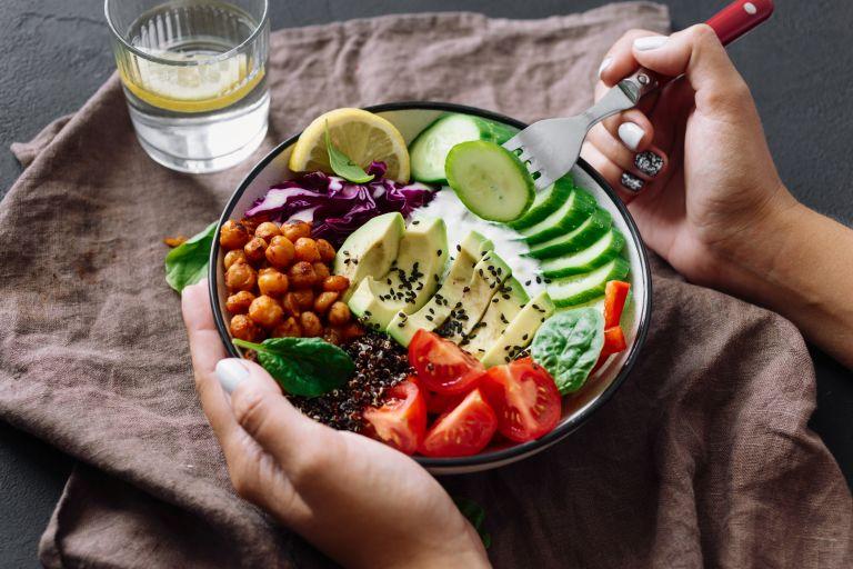 Καλά ή κακά λιπαρά; Πώς μας επηρεάζουν   vita.gr