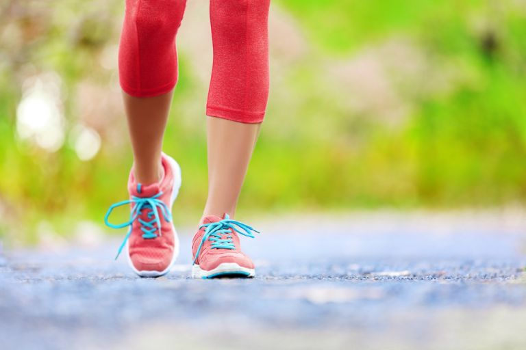 Απλοί τρόποι να περπατάτε περισσότερο κάθε ημέρα | vita.gr
